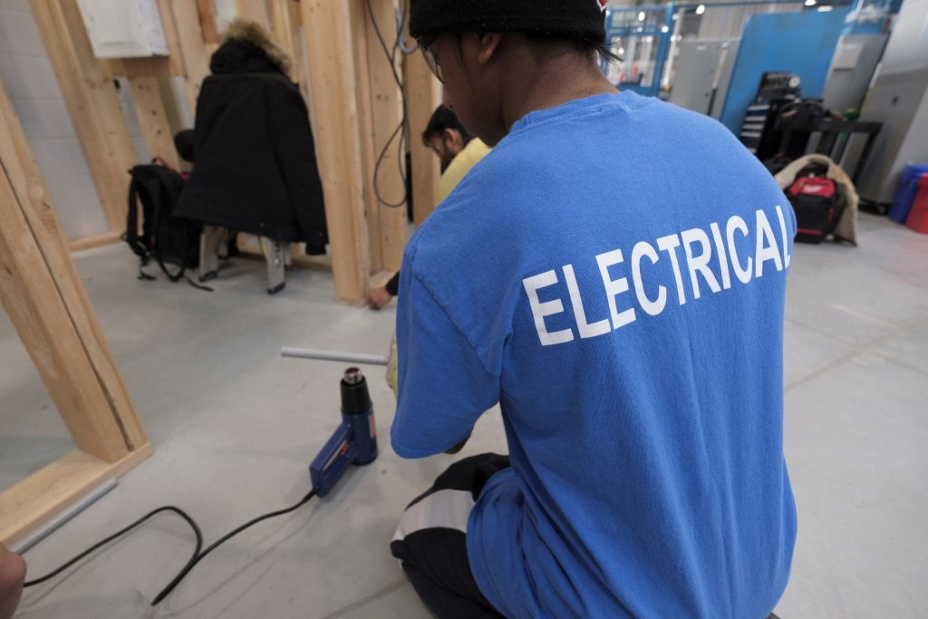180206-electrical-2463